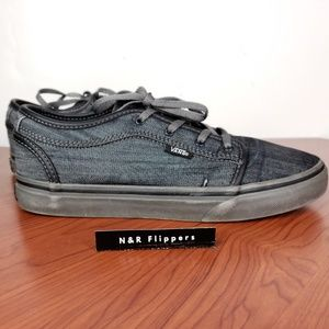 VANS Off the Wall Authentic Youth 6 shoes